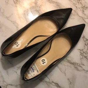 "New 10 Wide Black Pointed Toe Kitten Heels 2"" High"